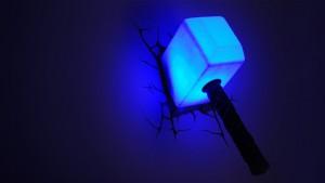 lampada a parete marvel martello di thor notte