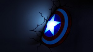 lampada a parete marvel scudo capitan america notte